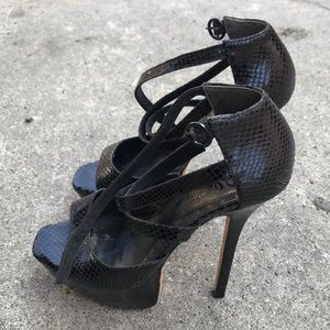 Alice and Olivia Stiletto High Heels black leather